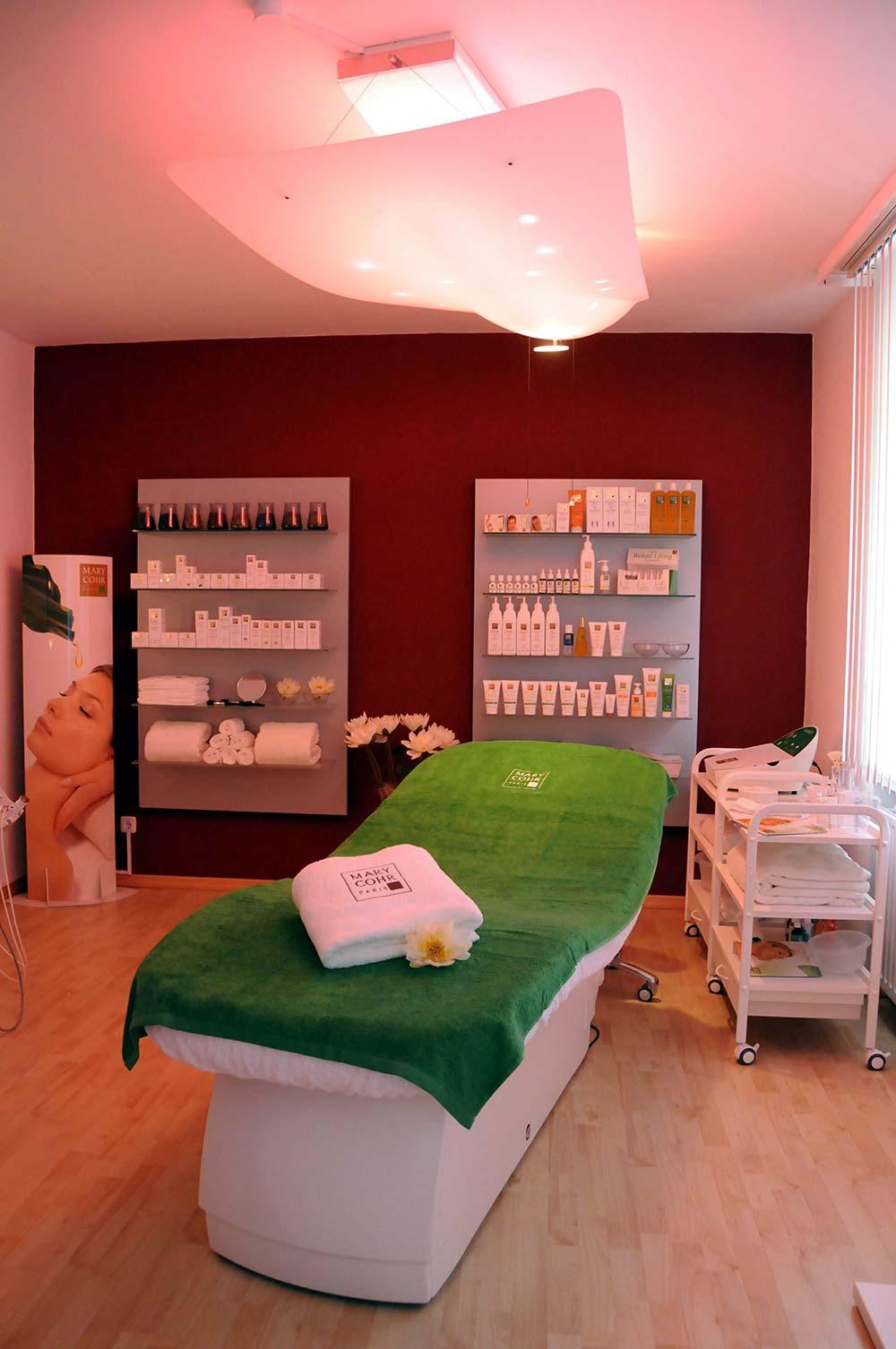 Kosmetikinstitut - Schloss-Apotheke Kassel